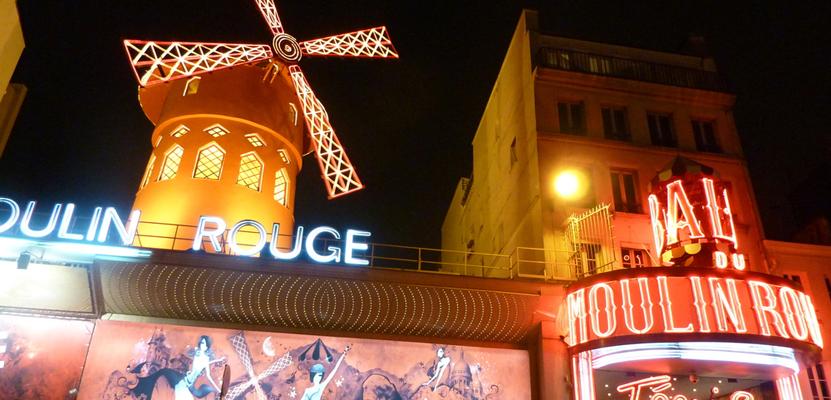 Das berühmte Varietétheater Moulin Rouge