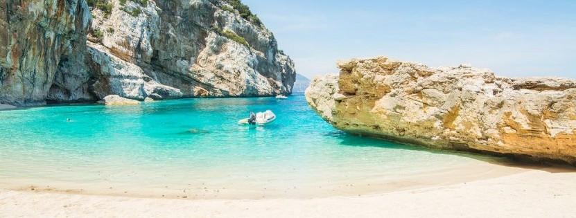 Cala Mariolu ist der schönste Strand der Traumurlaubsinsel Sardinien