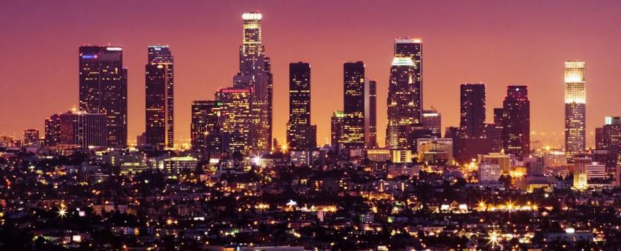 Die Stadt der Engel erscheint auch Nachts in vollem Glanz.
