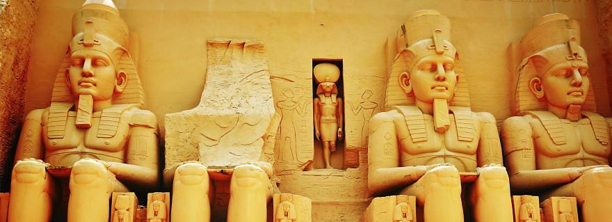 Ägyptische Statuen