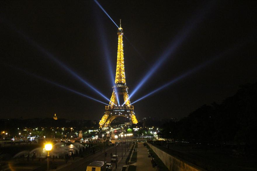 Eiffelturm-Nacht