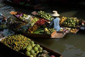 Thailand-Markt-Schwimmend-Urlaub