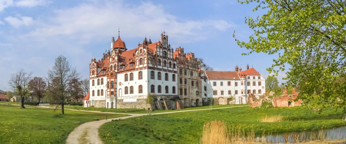 Mecklenburgische Seenplatte: Schloss