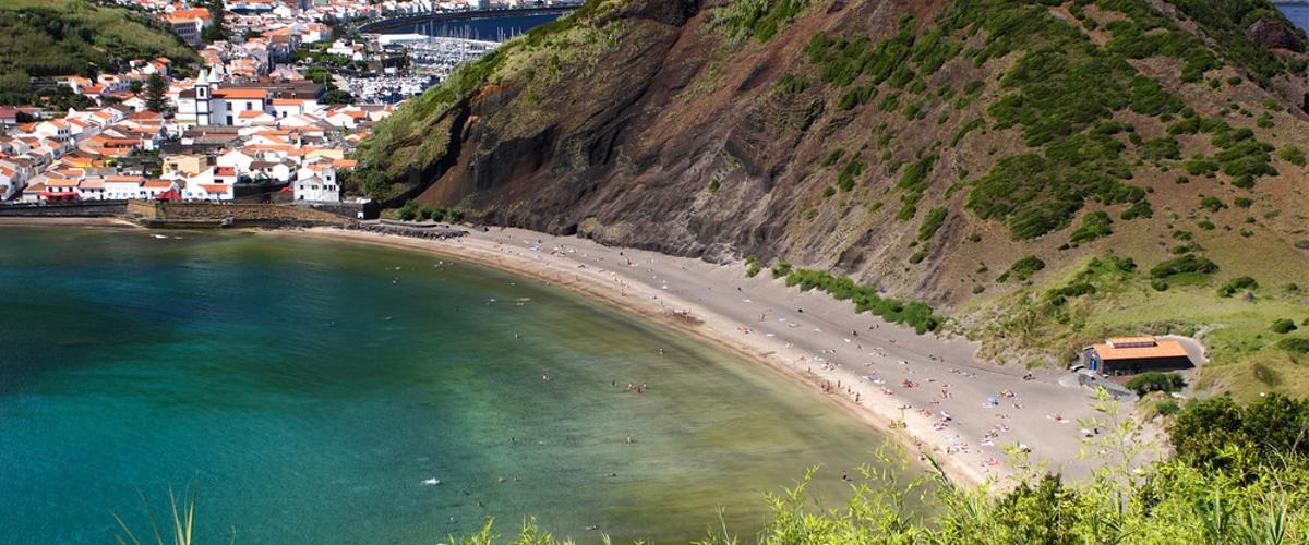 Praia de Porto Pim