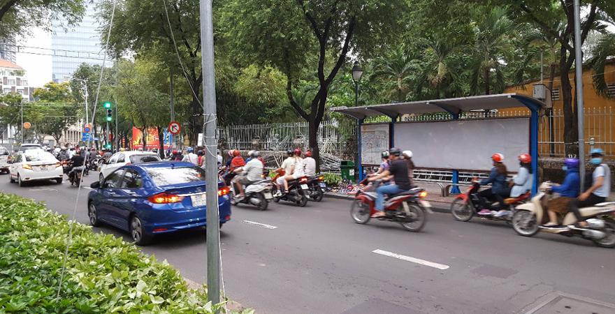 Befahrene Straße im Vietnam