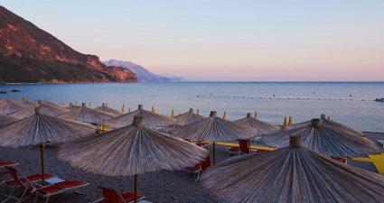 Der Strand Jaz in Montenegro
