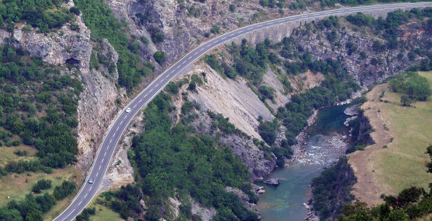 Straße in Montenegro, Luftansicht