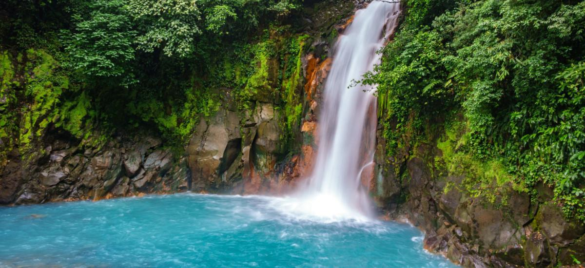 Der Wasserfall Río Celeste.
