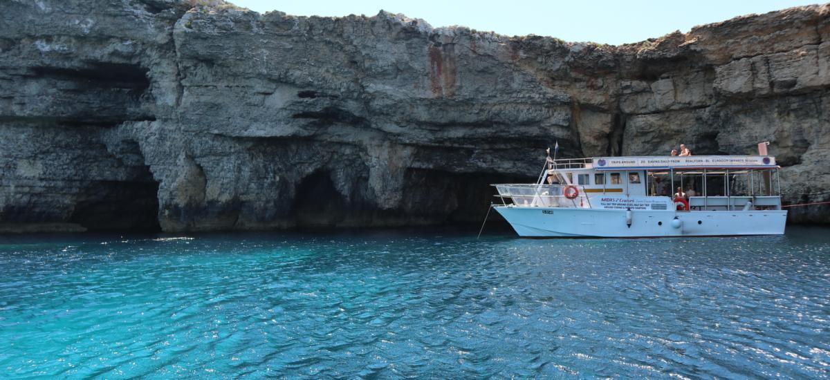 Tauchboot bei Comino