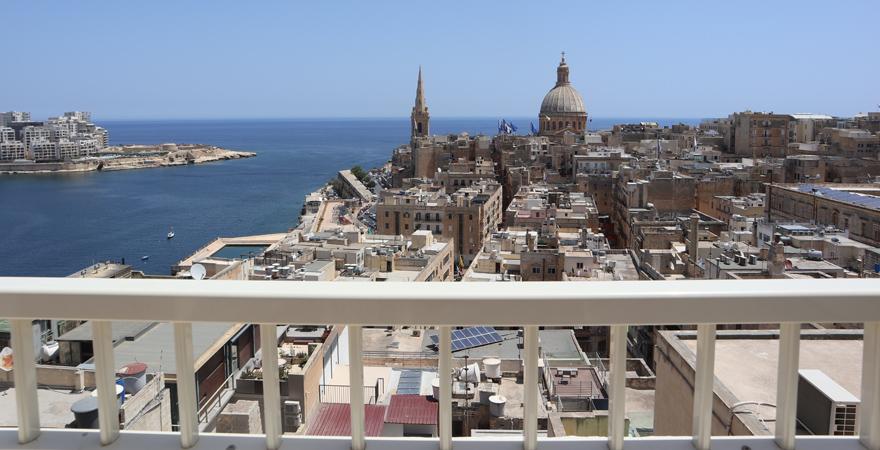 Ausblick auf Valletta vom Hotel Osborne