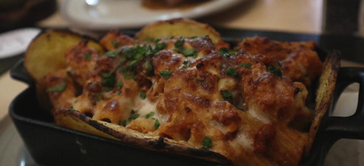 Malta Spezialitäten - Nudeln und Kartoffeln mit Käse überbacken