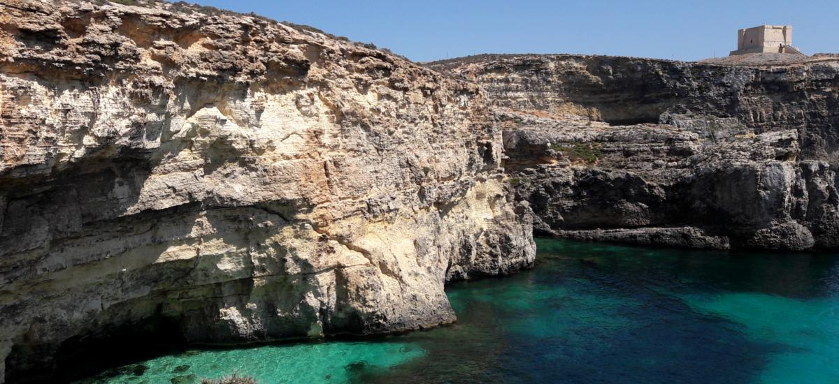 Wunderschöne Küsten und kristallklares Meer - Urlaub auf Malta