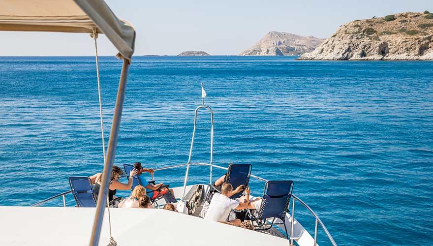 Liegen auf der Bootstour durch Rhodos