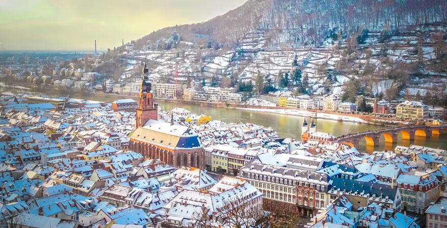 Blick auf Heidelberg im Winter