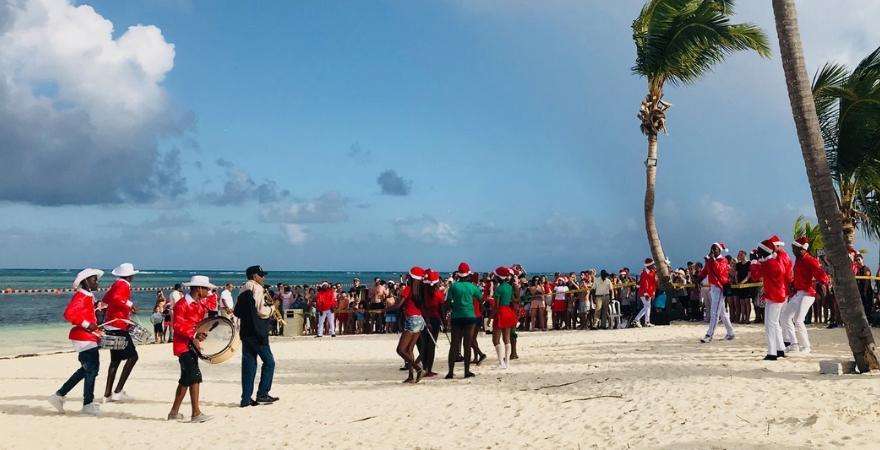 weihnachten am Strand in der DomRep