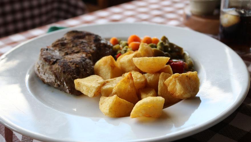 Gericht mit Ziegenfleisch auf Fuerteventura