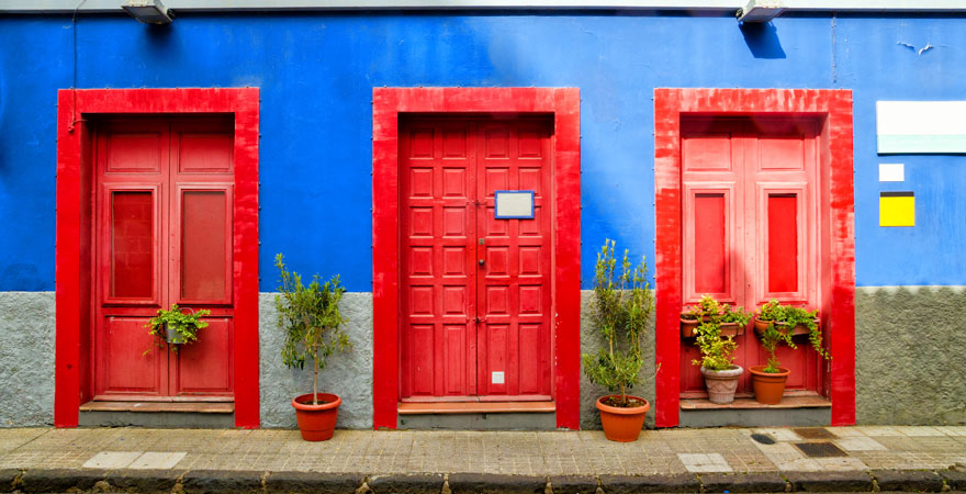 bunte Häuser in San Cristobal auf Teneriffa