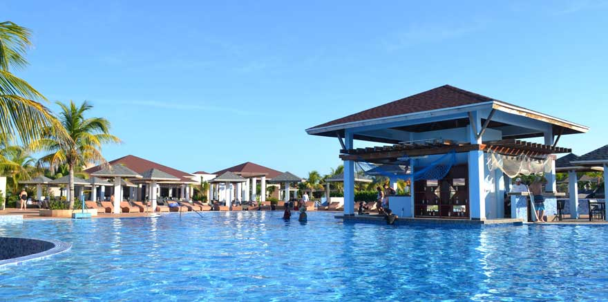 Poolbar im LABRANDA Cayo Santa Maria