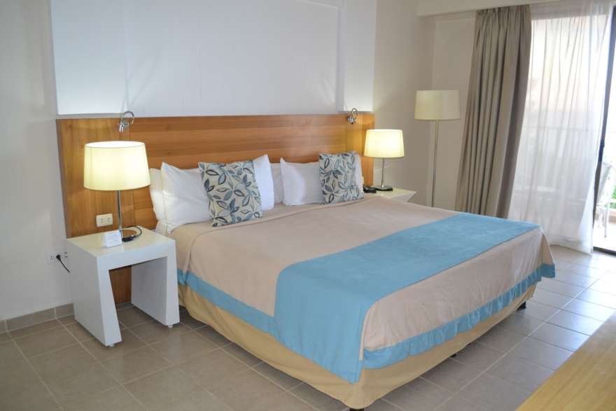 Hotelzimmer mit Bett im LABRANDA Varadero