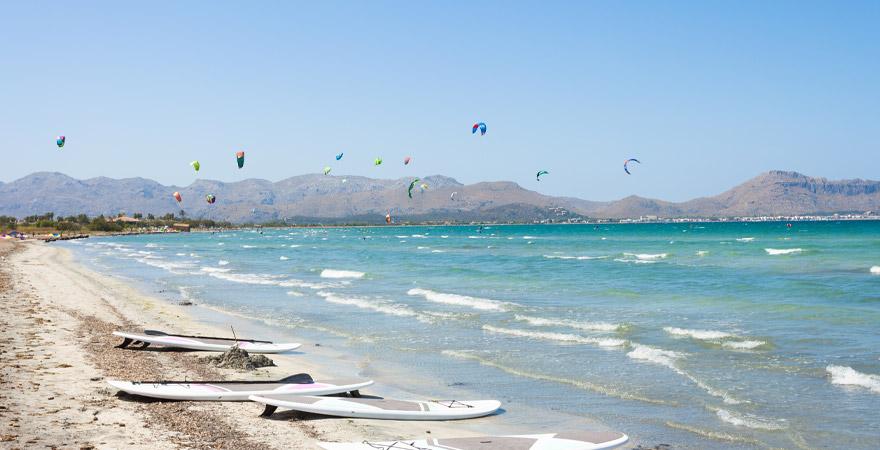 Kiten in Alcudia auf Mallorca