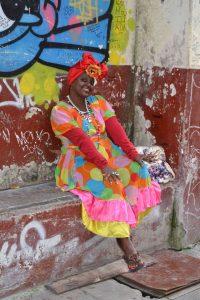 Kubanische Frau in Havanna