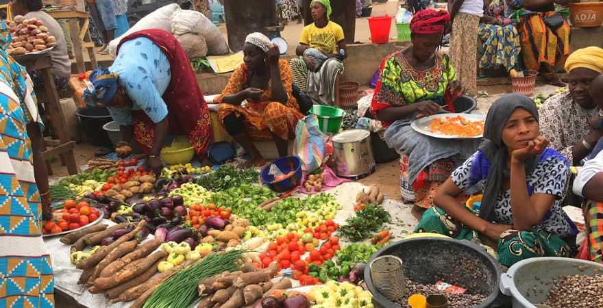 gemüse markt in gambia