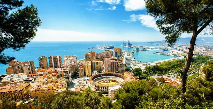 Blick auf Malaga in Spanien