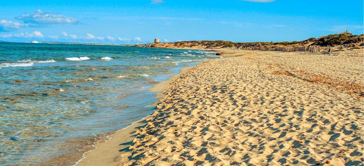 Strand El Cavallet auf Ibiza