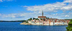Blick aud die Stadt Rovinj in Kroatien
