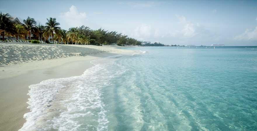 strand auf cayman island seven mile
