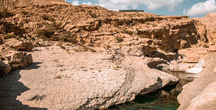 Bach im Wadi Bani Khalid im Oman