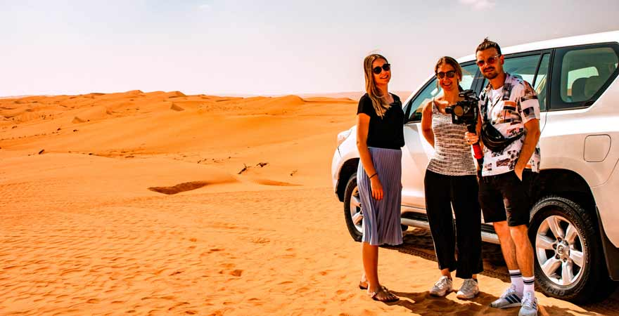 Dune Bashing in der Wueste