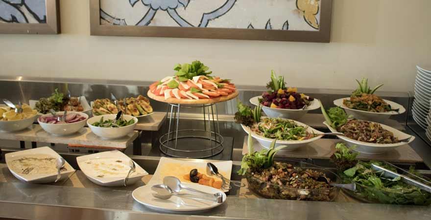 Mezze Buffet im Kairaba Mirbat Resort