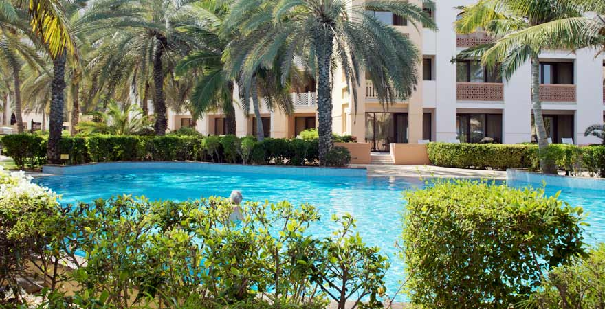Pool des Al Bandar Hotels in Muscat