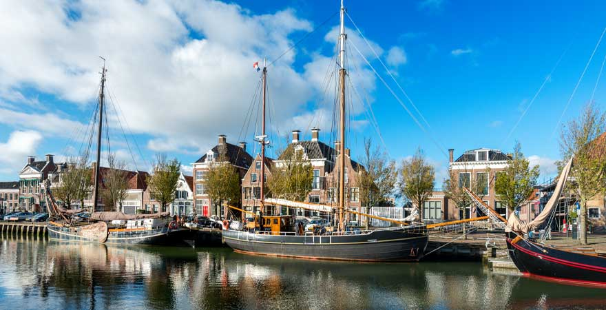 Kanal in Harlingen in Holland