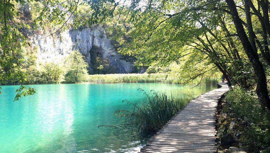 Steg bei den Plitvicer Seen