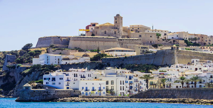 Blick auf die Altstadt von Ibiza