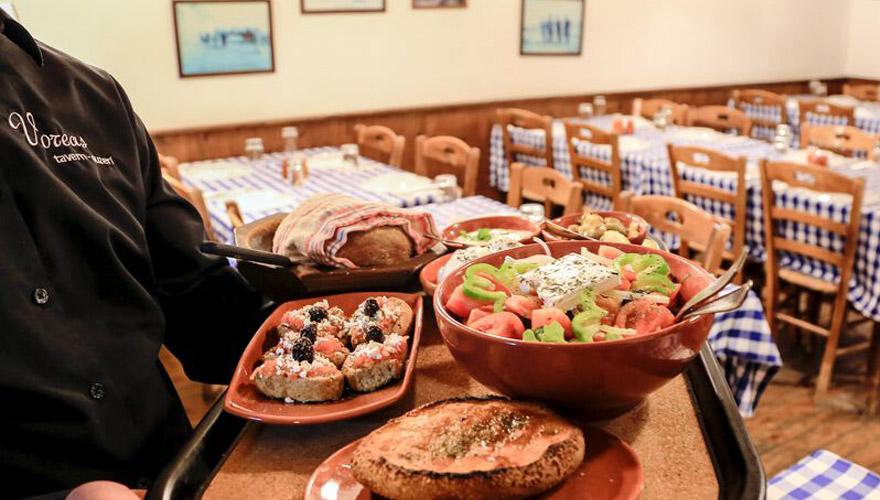 Essen in einem Restaurant in Limassol