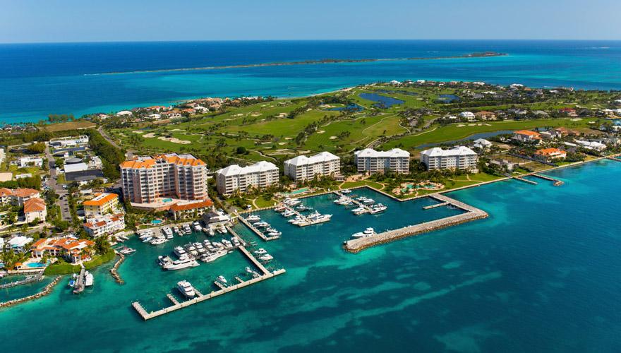 Blick auf New Providence und Nassau auf den Bahamas