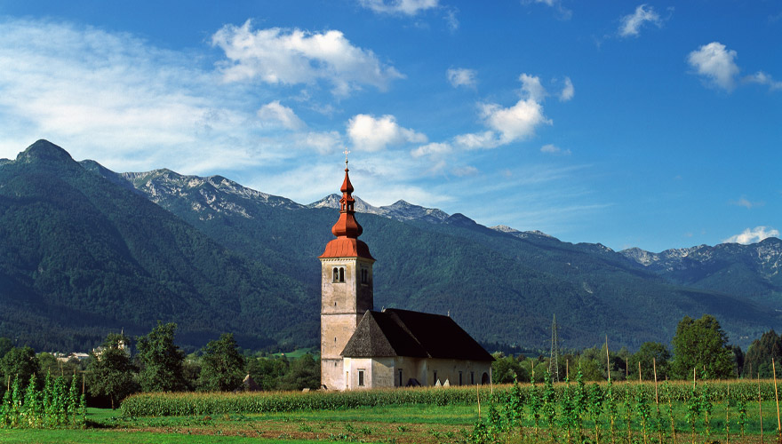 Kirche im Triglav nationalpark in Slowenien