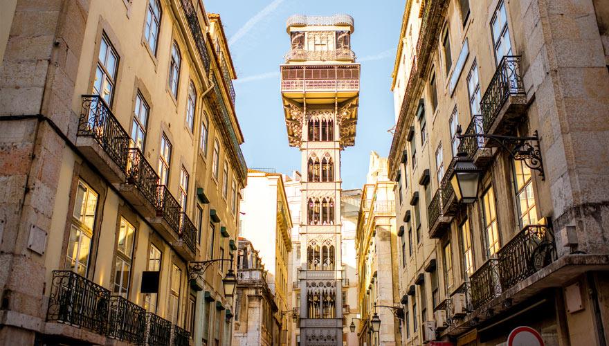 Aufzug Elevador de Santa Justa in Lissabon