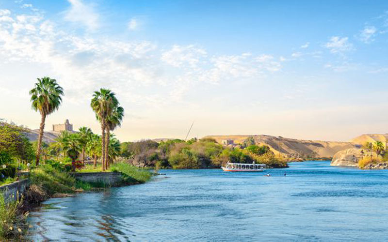 Nil in der Nähe des Assuan Staudamms