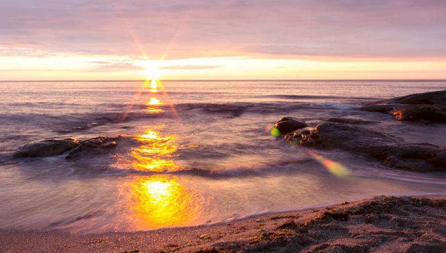 Strand in Bulgarien bei Sonnenuntergang