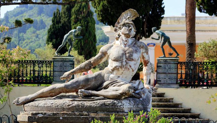 achilleion statue