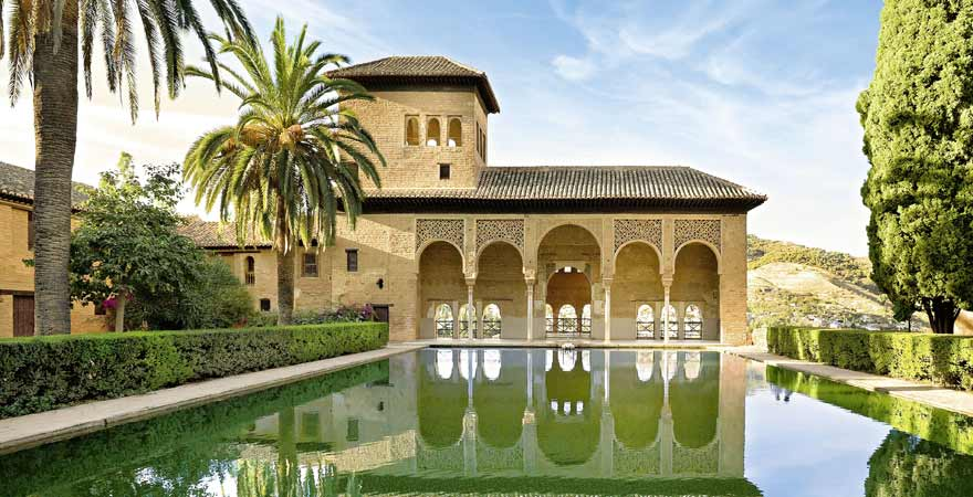 Wasserbecken in der Alhambra