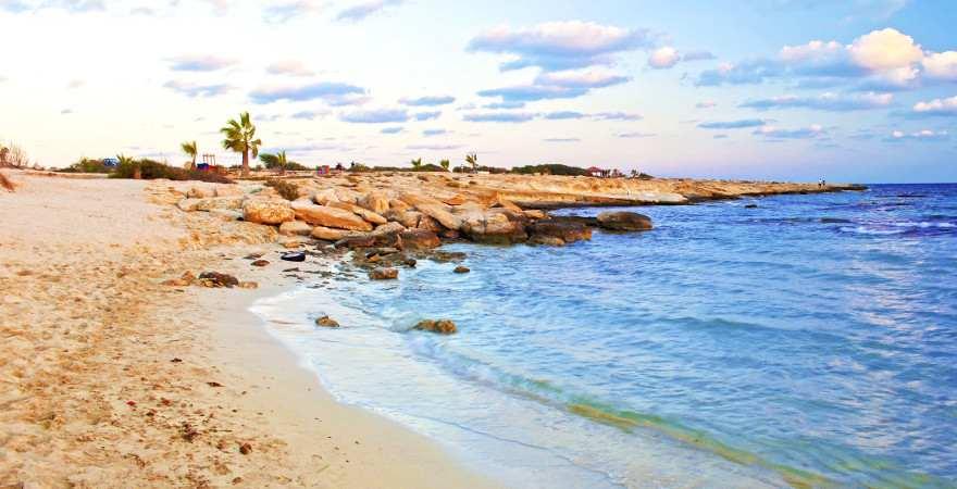 Einsamer Landa Beach auf Zypern