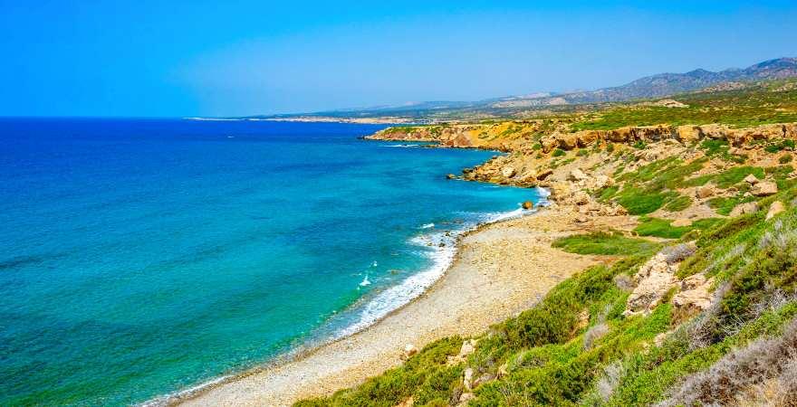 Ein einsamer Strand im Akamas Nationalpark auf Zypern