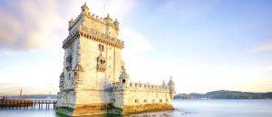 Das Der Torre de Belem ist das Wahrzeichen von Lissabon