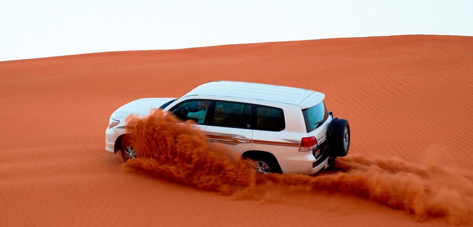 Action pur: Jeeptour durch die Wüste