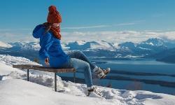 Skifahren Fjord Winterurlaub Norwegen